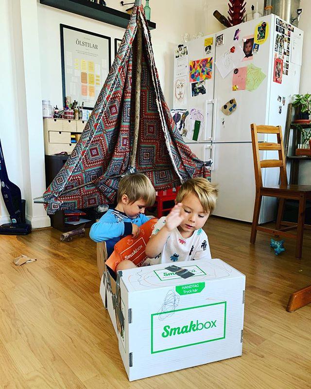 Fick hem vår första #smakbox igår. Glädje för alla.